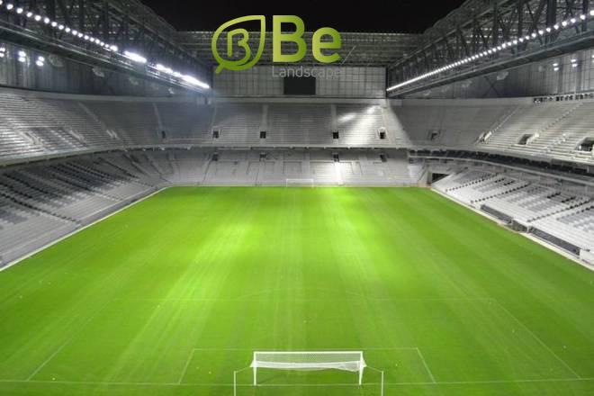 مساحة-ملعب-كرة-القدم -الخماسي-بالمتر